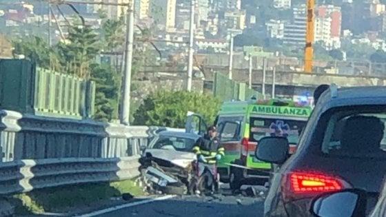 Grave incidente sulla statale sorrentina: coinvolte quattro auto, cinque feriti