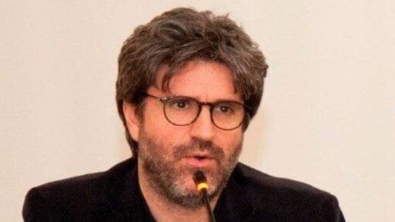 """Caserta, il giornalista Mario De Michele indagato  per """"simulazione di reato"""""""