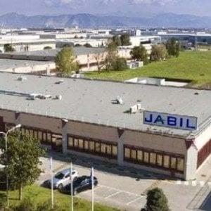 """Jabil Marcianise: licenziamento collettivo per 190 dipendenti. I sindacati: """"Inaccettabile durante pandemia"""""""