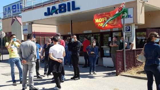 Jabil, raggiunto l'accordo per il ritiro dei licenziamenti