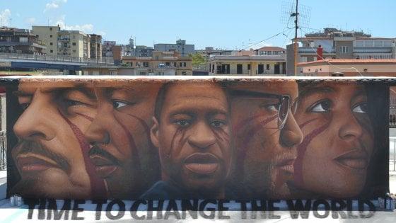 Napoli, un murale di Jorit per Floyd e la lotta contro il razzismo