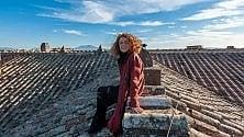 Tiziana Maffei: lo scatto sul tetto della Reggia