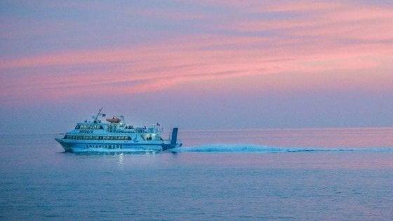 Ischia e Procida, ok al 100 per cento  passeggeri su navi e aliscafi
