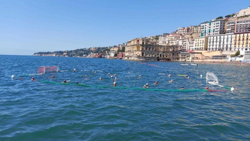 Circolo Posillipo, lo sport raddoppia con un campo di pallanuoto a mare