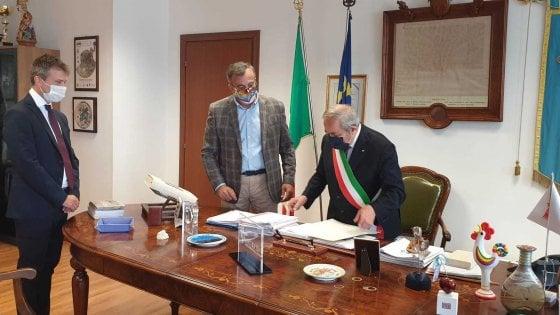 Paestum, il direttore del parco archeologico Zuchtriegel è anche cittadino italiano