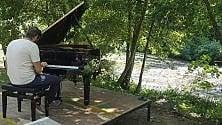 Un pianoforte sulle rive del Sele: la musica    e lo scroscio dell'acqua