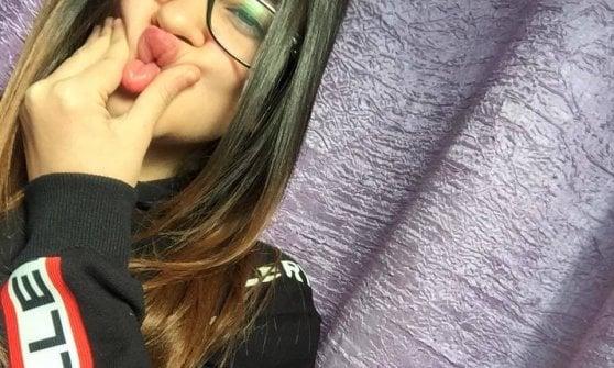 Investita mentre attraversava, morta 15enne a Napoli. 21enne indagato per omicidio stradale