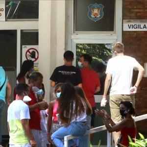 Covid Campania, l'Asl: ecco come fare tamponi dopo il rientro dall'estero