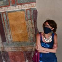 Ferragosto in Campania, la ministra Bonetti in visita agli scavi dell'antica Stabiae