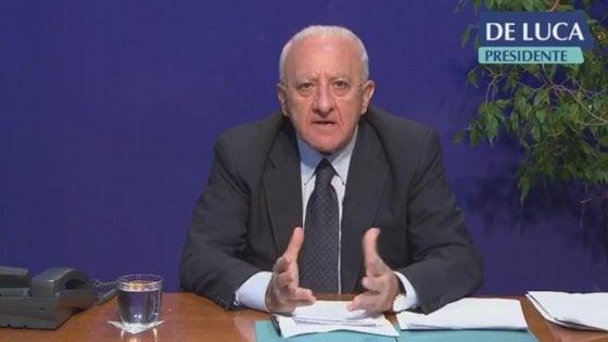 """Coronavirus, De Luca: """"Pronto a chiudere la Campania tra 15 giorni"""""""