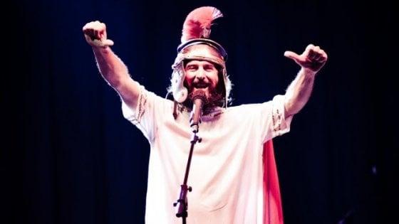 """Sponz Fest, gran finale con Vinicio Capossela e la banda """"Rolling Sponzing Review"""""""