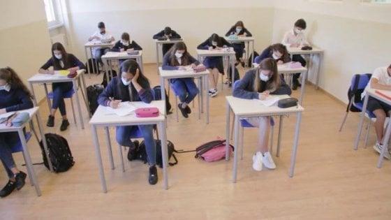 Scuola, a Torre del Greco il sindaco ordina la chiusura delle scuole dopo le elezioni