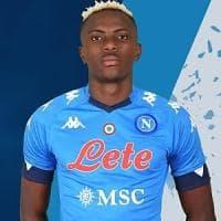 Napoli, Osimhen ha scelto la maglia dei bomber: indosserà la numero 9