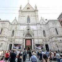 San Gennaro, il miracolo alle 10.02: cattedrale semivuota per le norme anti Covid