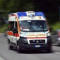 Giovane ferito gravemente nel Napoletano, mistero su movente