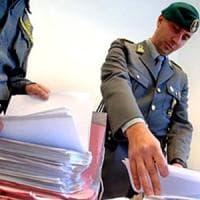 Napoli, la Guardia di Finanza tassa 17 criminali e recupera 400mila euro
