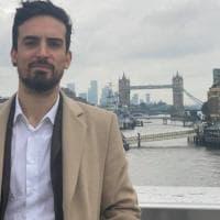 """Da cameriere a """"Mister App"""": Londra realizza il sogno di Antonio"""