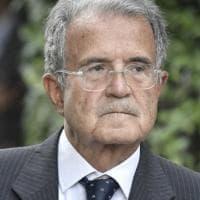 """Vaccini Covid, Prodi: """"La disponibilità deve essere enorme o sarà un disastro"""". E su..."""