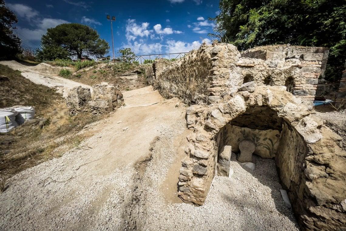 090031112 6b13436c dfc6 4083 9006 65e8ec22e18f - Pompei, scoperta una tomba unica con un corpo semi mummificato