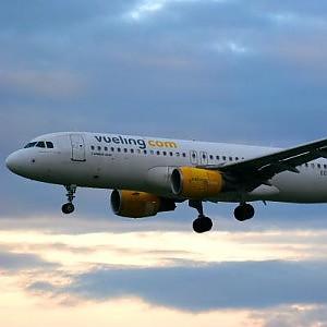 Estate, 4 voli in più verso Roma. Il piano di Vueling per Punta Raisi