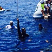 A Salina Davide Carrera batte il nuovo record del mondo di apnea