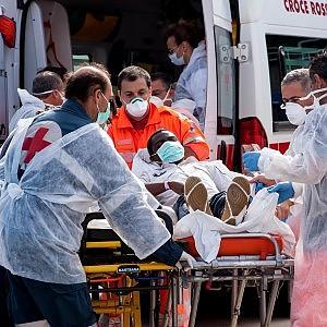 Nuova tragedia nel canale di Sicilia, 29 morti nella stiva di un barcone