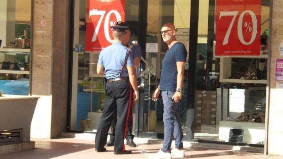 super popular b9e81 555fe Colpo nel negozio Stop Loss di via Sciuti - Repubblica.it