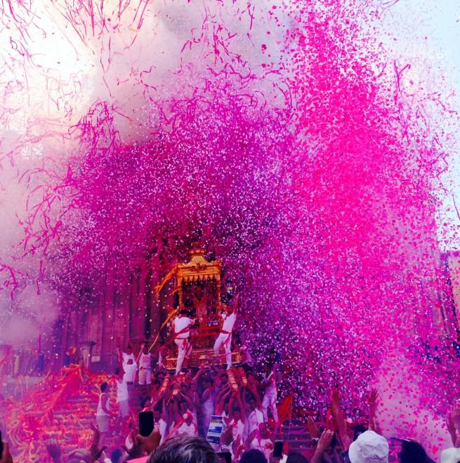 Spettacolo di colori nel siracusano, è la festa dei Nuri