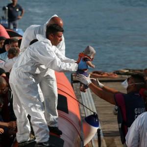 Naufragio di migranti nel Mediterraneo, morti e dispersi