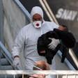 Sbarco di 143 migranti  a Messina, c'è anche  un neonato di 20 giorni