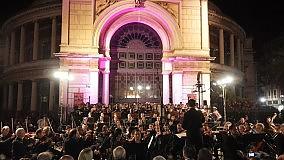 """""""Carmina Burana"""", che successo in piazza per la Sinfonica/  COMMENTA"""