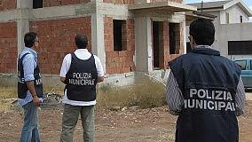 Abusivismo edilizio, blitz dei vigili sequestrati quattro immobili