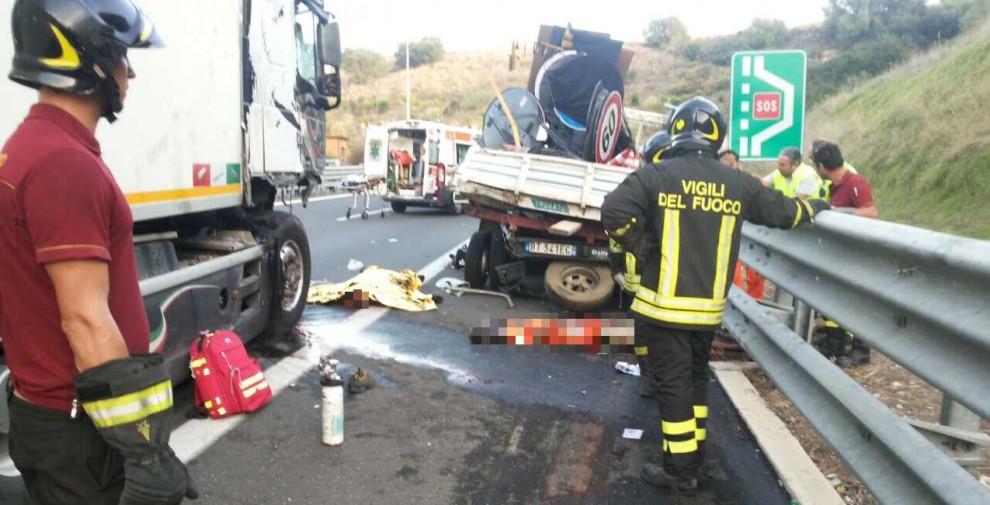 Un ferito grave e code: il bilancio di due incidenti sulla Catania-Siracusa$