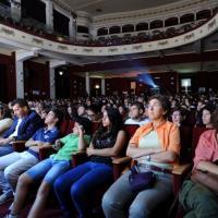 RepIdee, la mattina al teatro al Massimo: da un giorno a Repubblica alla lezione di Ezio Mauro