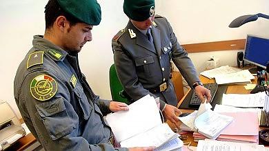 Ultime Notizie: Non rilasciava la fattura, sequestro da 700 mila euro a un commercialista palermitano
