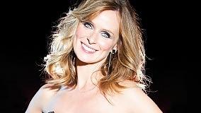 """Serena Autieri grande """"Sciantosa"""" canta, balla e seduce Al Massimo"""