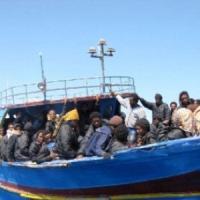 Infiltrati Is tra i migranti, indaga la procura di Palermo