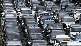 """Contro gli automobilisti incivili  ecco le """"contravvenzioni morali"""""""