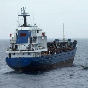 Navi della Marina, soccorsi naufraghi a sud est di Lampedusa