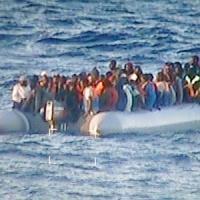 Migranti, altri 91 in arrivo ad Augusta in mattinata. Arrestati quattro scafisti