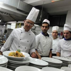 gli studenti diventano cuochi gara itinerante di cucina in sicilia