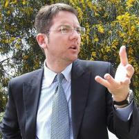 Bufera per la visita all'ex Cavaliere, Zambuto si dimette da presidente del Pd siciliano