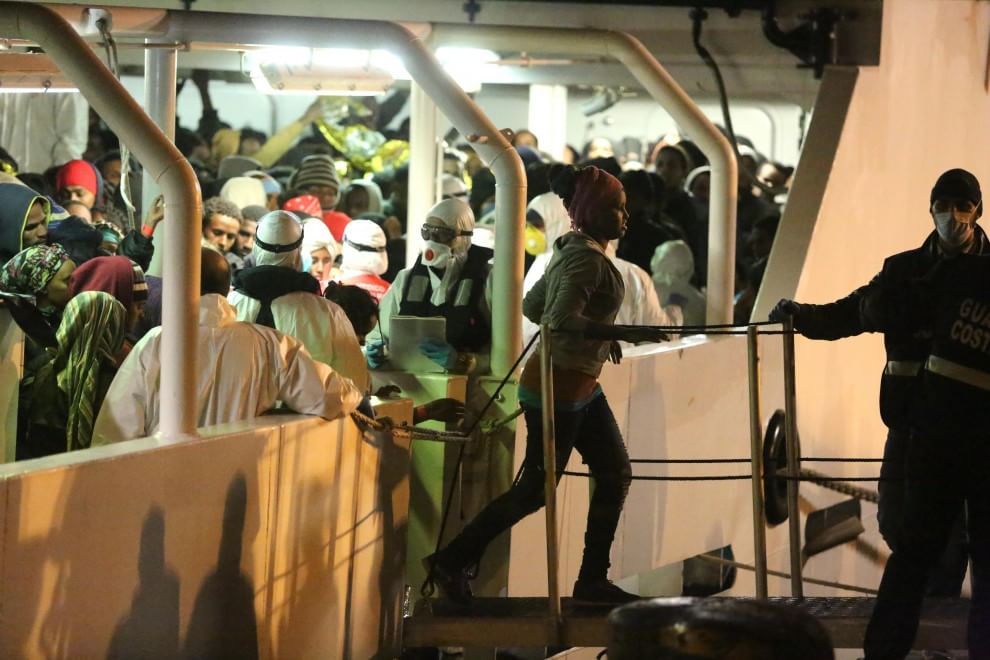 Sbarcati a Palermo 1169 migranti salvati nel Canale di Sicilia