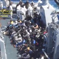 Strage al largo della Libia: morti in mare tra 700 e 900 migranti, solo 28 superstiti. È...