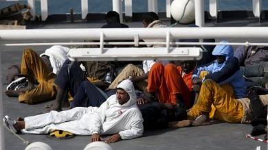 Colpo al traffico di migranti, la base a Mineo Ventiquattro arrestati dalla polizia    Foto