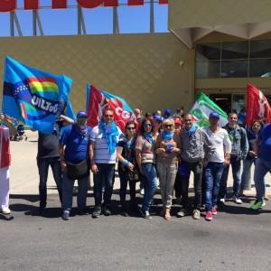 Auchan, si fermano i dipendenti degli ipermercati siciliani. Anche Mediaworld annuncia esuberi