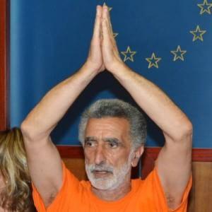 Messina, ambulanti multati aggrediscono il sindaco