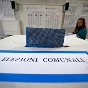Ballottaggi, chiusi i seggi. Risultati elettorali in ritardo per il blocco informatico