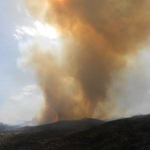 """Incendio a Gangi, il sindaco denuncia: """"Mancano i soldi per l'elicottero"""""""
