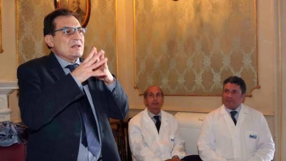 Sanità, Crocetta mantiene l'interim e nomina un comitato di saggi